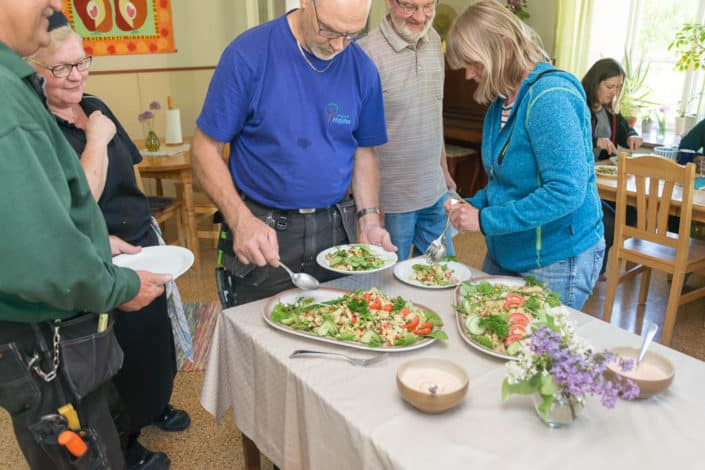 Vi serverar vi mat som är god, nyttig, ekologisk och närproducerad